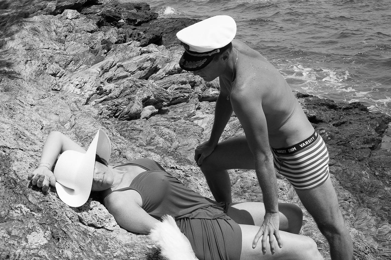 paar verliefd strand